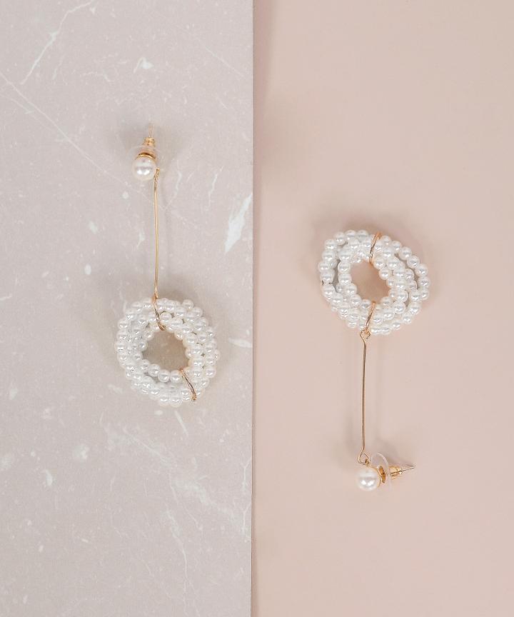 Monique Drop Pearl Earrings