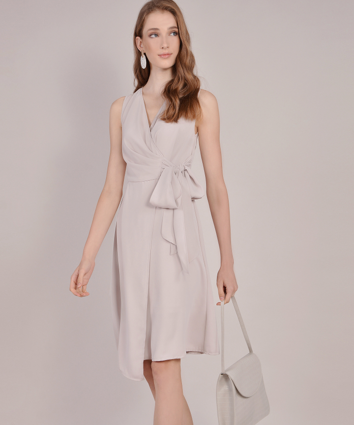Suzette Corporate Midi Dress - Pale Sand