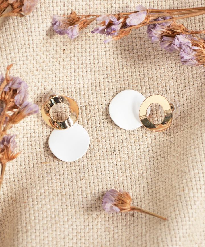 Danni Circle Earrings