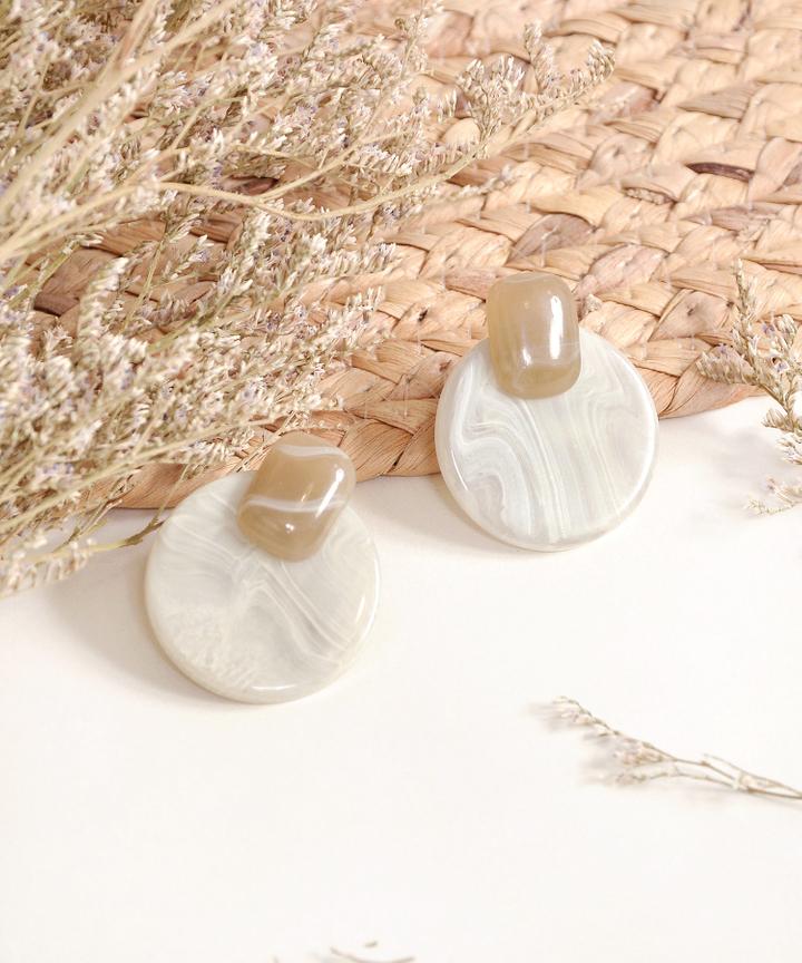 Caramel Circle Earrings - Sepia