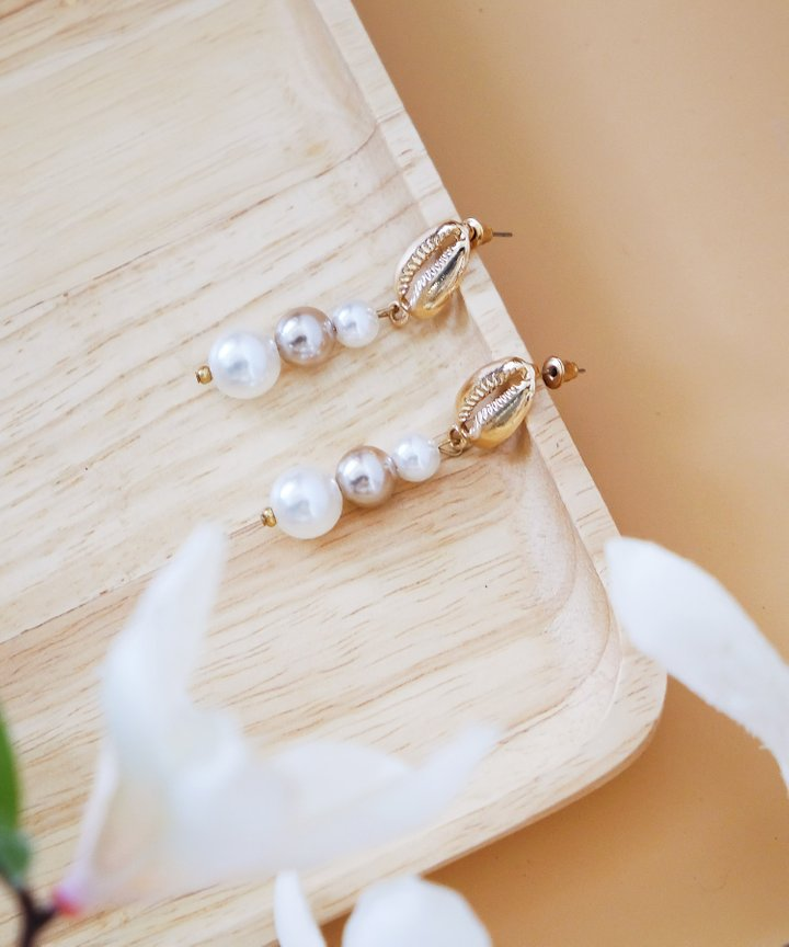 Treasure Seashell Pearl Earrings