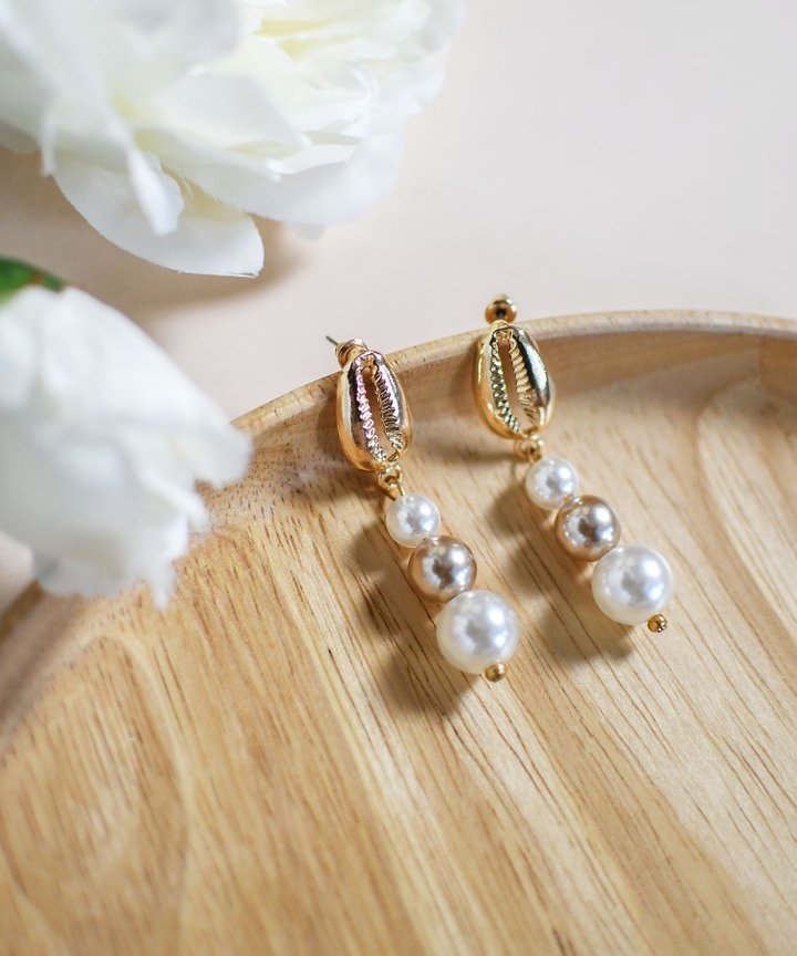 Mimi Pearl Drop Earrings