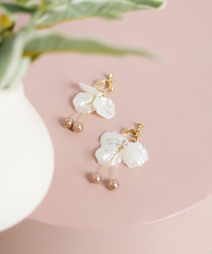 Dew Petal Drop Earrings