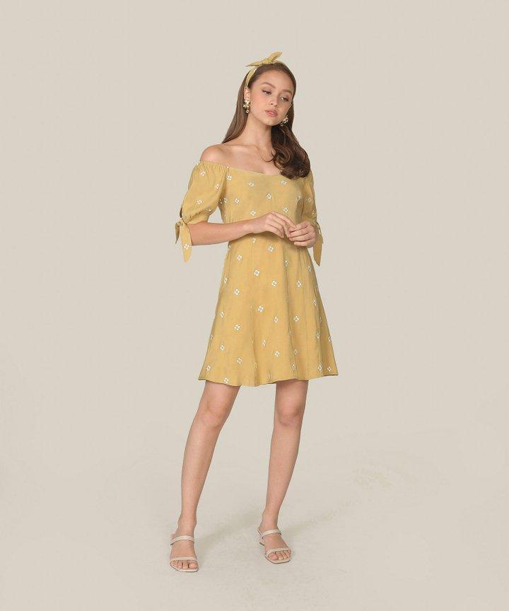 Memento Embroidered Dress - Olivette