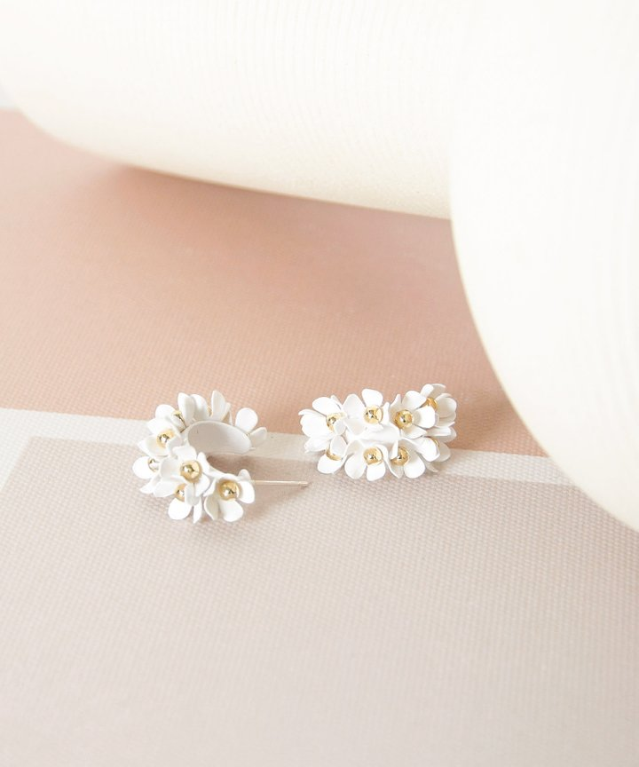 Wallflower Floral Earrings - White (Restock)
