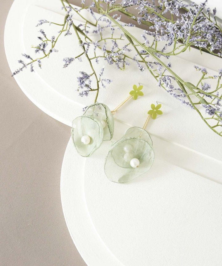 Cloud Floral Drop Earrings - Sage