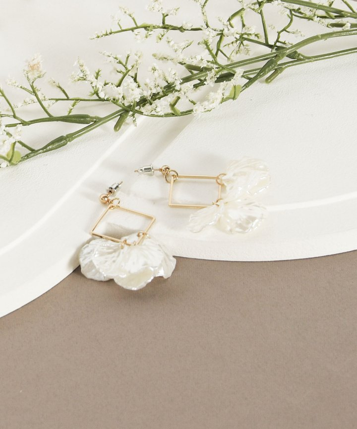 La Roux Floral Earrings