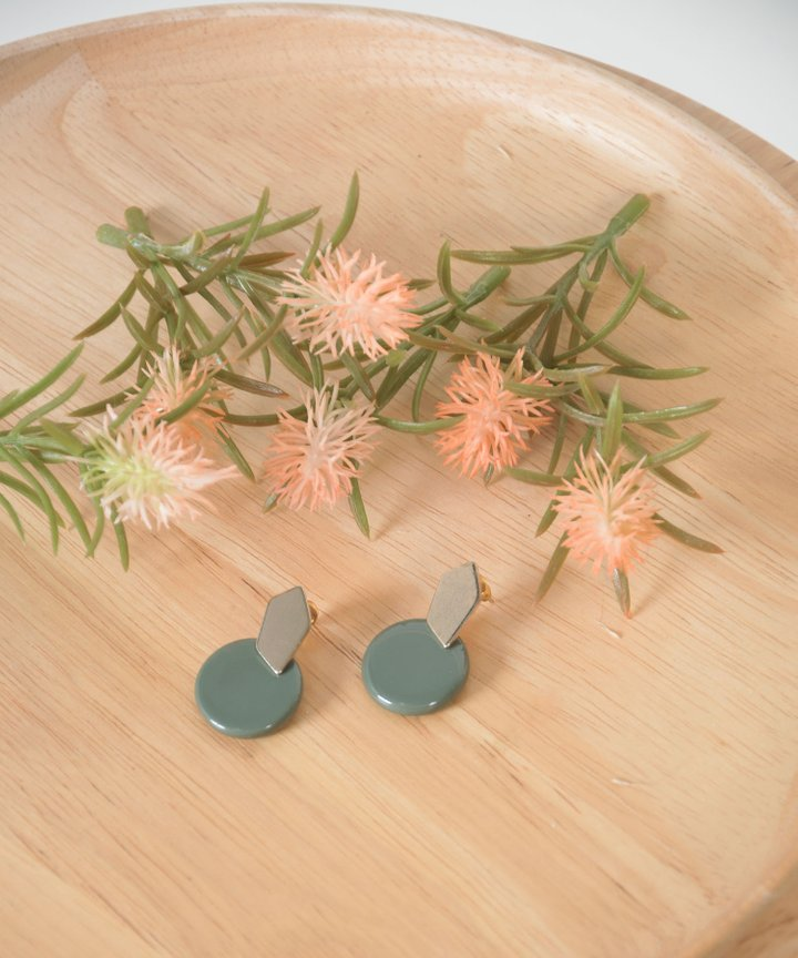 Hudson Circle Earrings - Clay Green