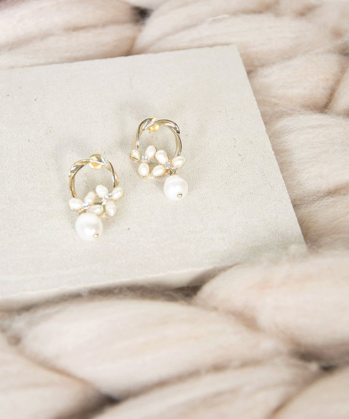 Linh Floral Pearl Earrings