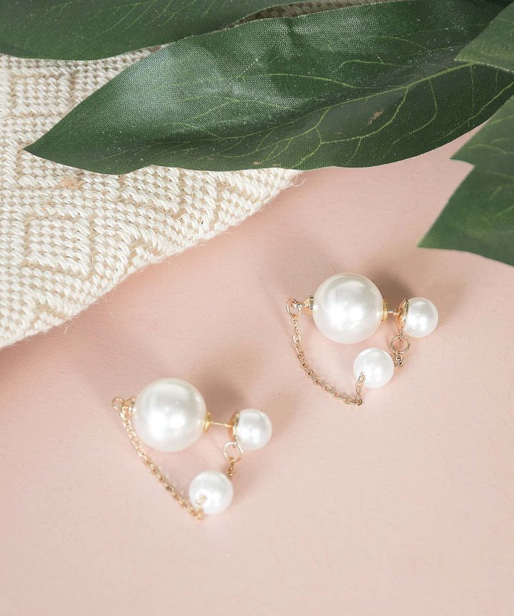 Belen Pearl Chain Earrings